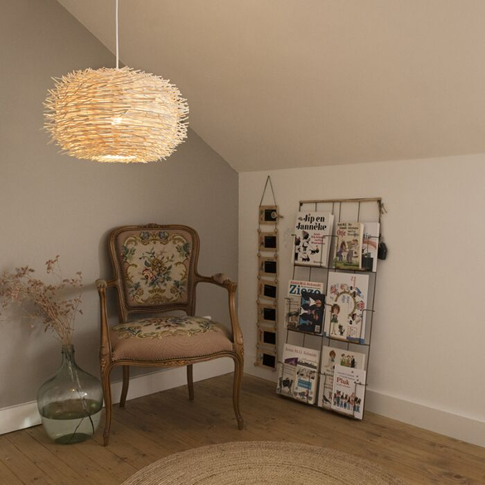 Висяща-лампа-бял-ратан---люк-45
