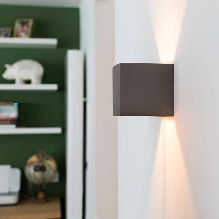 Промишлена-стенна-лампа-бетон---Кутия